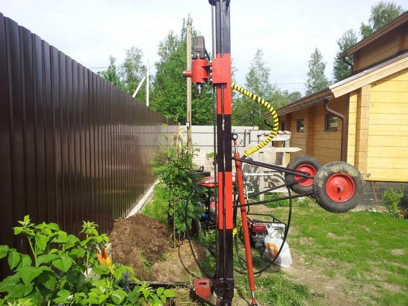 Специальная установка для бурения на воду