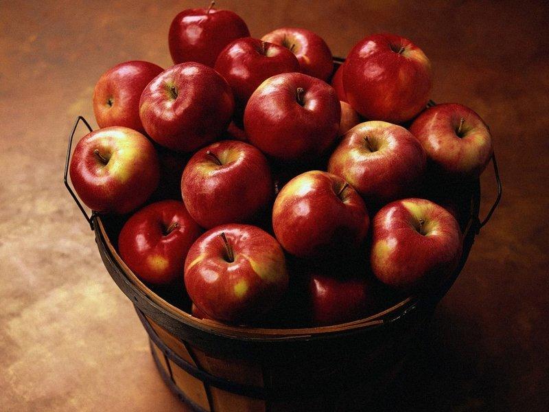 Как сохранить яблоки свежими до весны