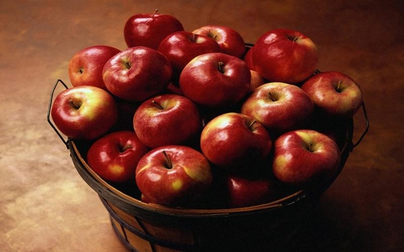 Яблоки гала подвида ройал