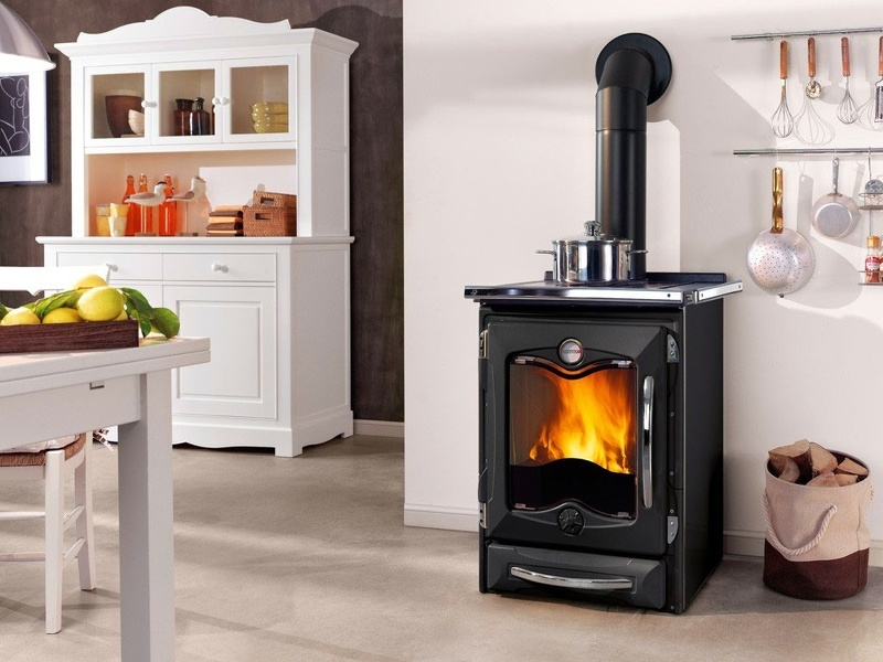 poele a bois besancon. Black Bedroom Furniture Sets. Home Design Ideas