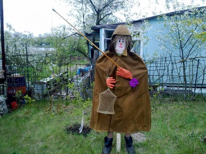 Сделать пугало своими руками на огород