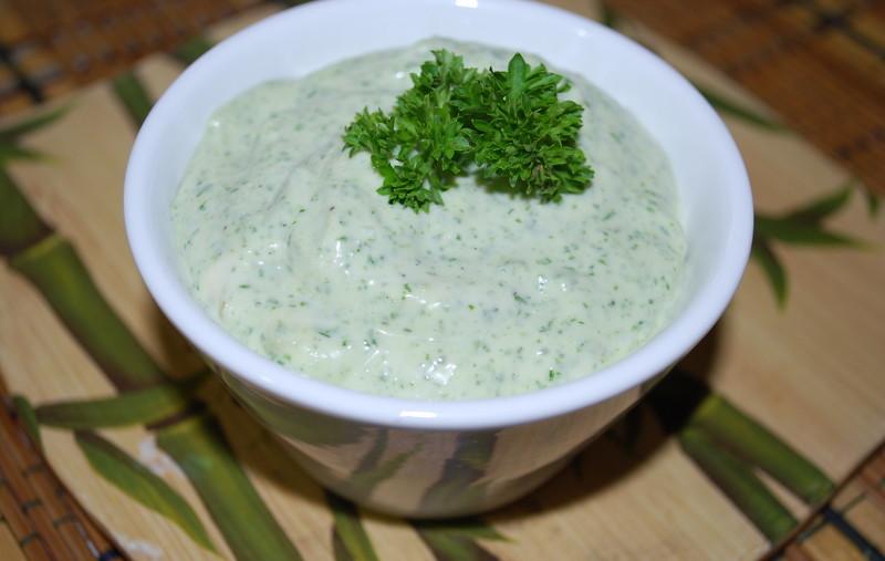 Как сделать соус для салата из сметаны