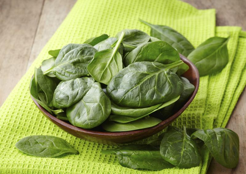 Шпинат подходит для приготовления всевозможных блюд и при этом сохраняет полезные свойства