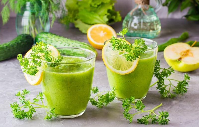 Детокс напиток из огурцов поможет похудеть и очистить организм