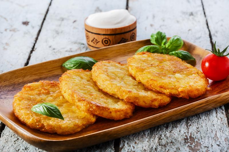 Традиционное блюдо в день Анны - картофельные оладьи или драники
