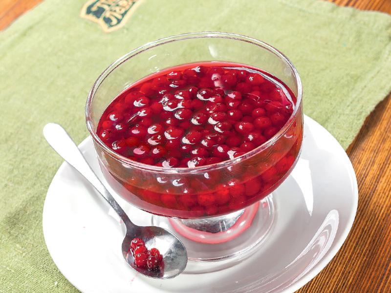 Клюквенный джем - лучшее средство от простуды к чаю