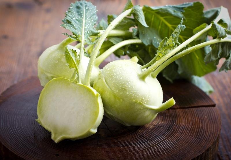 Кольраби - польза и вред при диетах и заболеваниях