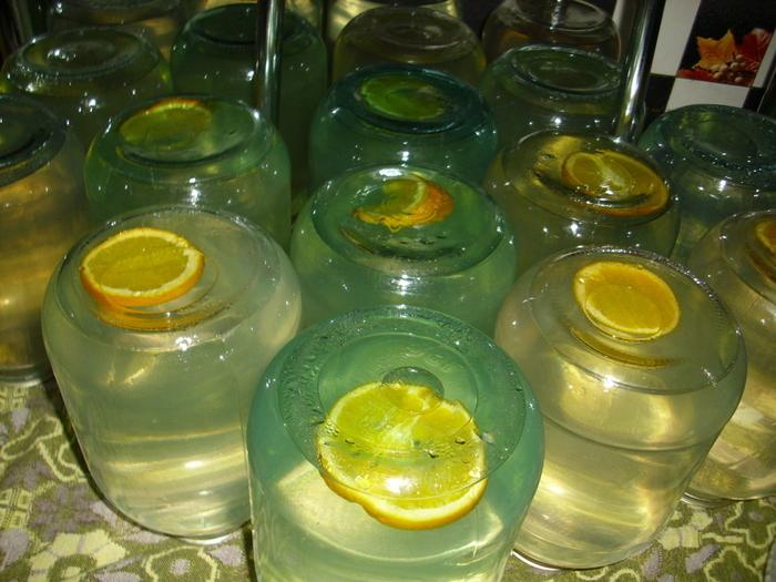 Березовый сок законсервированный с лимонои или апельсином дольше хранится