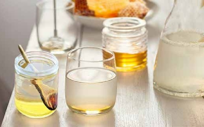 Приготовление медовой воды для омолаживания организма