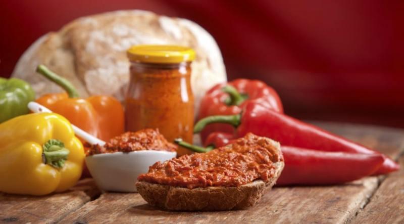 Заготавливаем на зиму балканский овощной соус Айвар