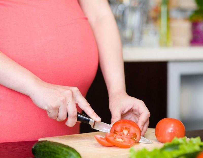 Польза помидор при беременности