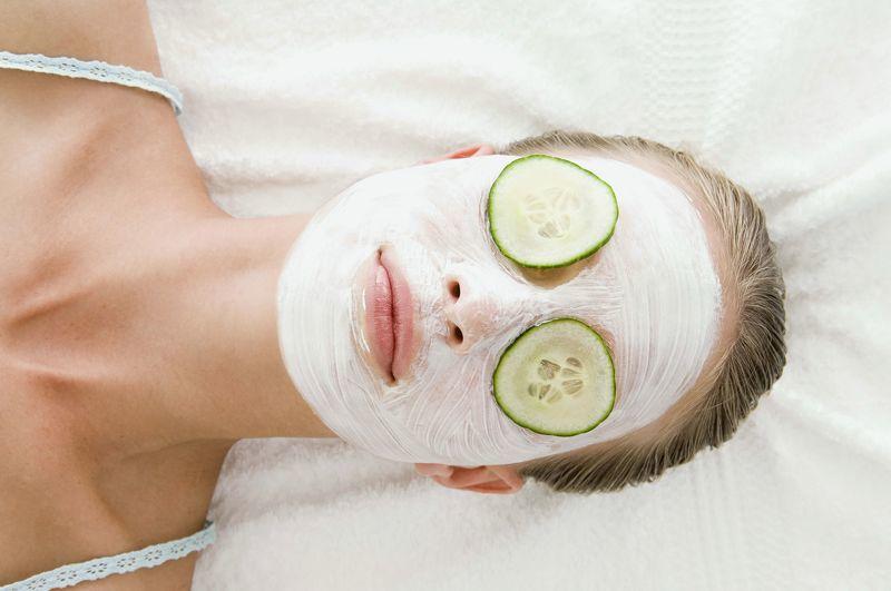 Разнообразие масок для лица из огурца помогает в лечении многих кожных заболеваний