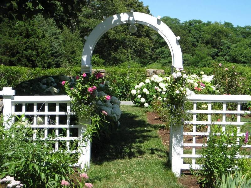 Своими руками арка во дворе