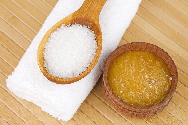 Соль и масло помогут навсегда избавиться от болей в шее