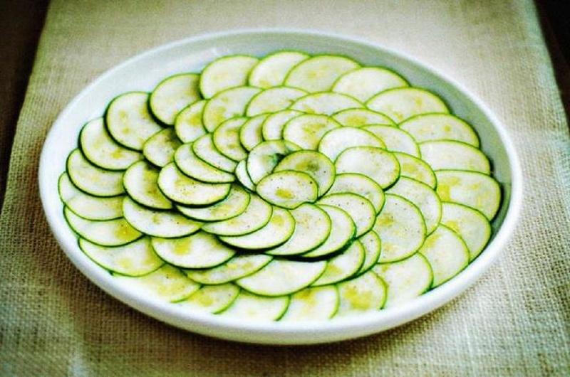 Сырые кабачки особенно полезны при диетах